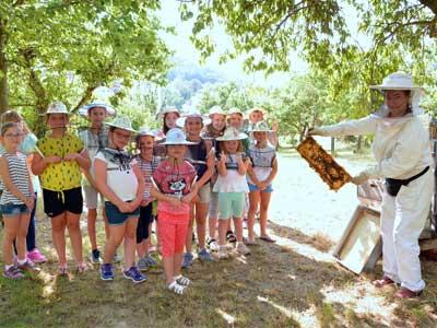 Bienen Kinder Schulen Besuch im Bienengarten